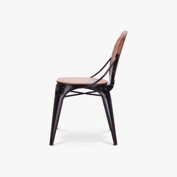 Gosta leseni stol